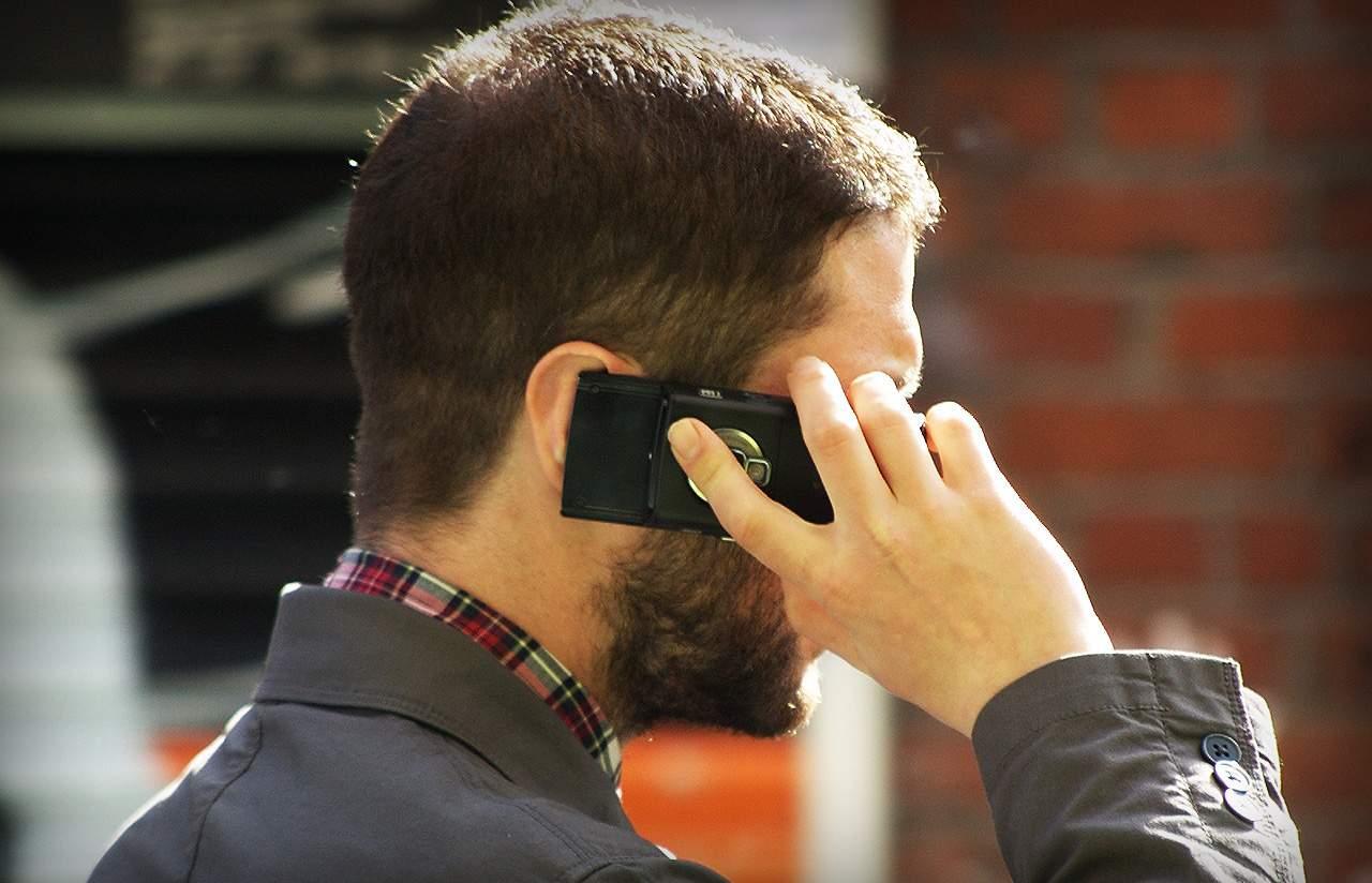 7 consigli per ridurre i danni delle radiazioni da smartphone
